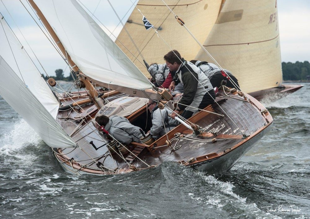 Fife Yacht Falcon on starboard tack