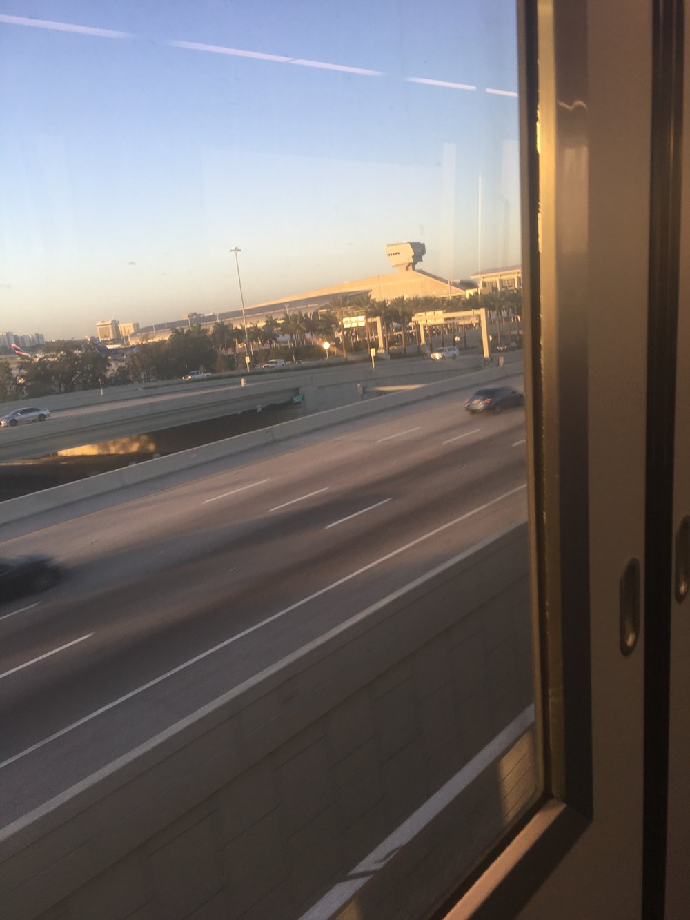MIA mover train to the rental car center