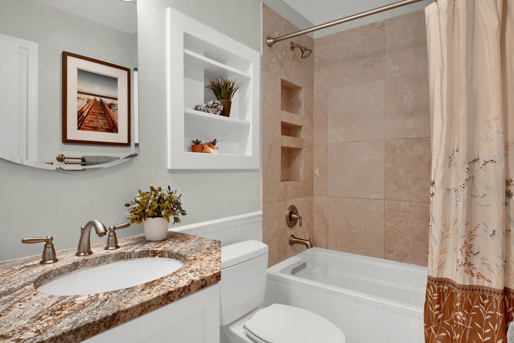 10283 Robb St Westminster CO-016-28-Bathroom-MLS_Size.jpg