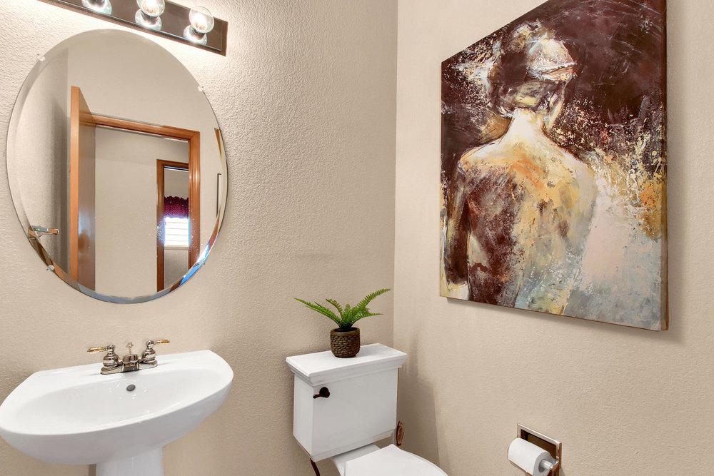 6272 Braun Cir Arvada CO 80004-030-25-Bathroom-MLS_Size.jpg