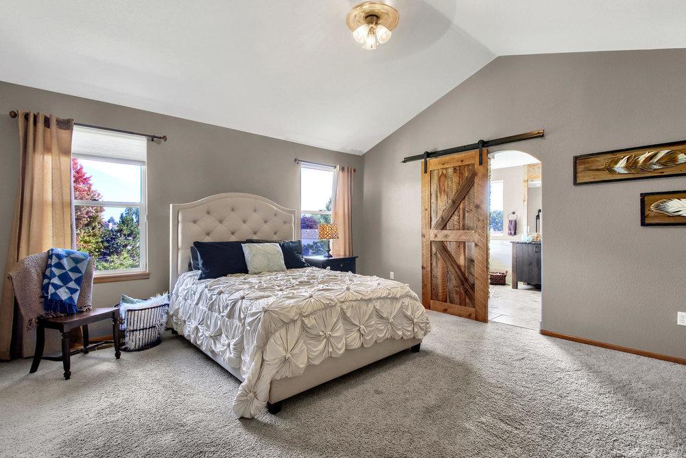 6272 Braun Cir Arvada CO 80004-032-46-Bedroom-MLS_Size.jpg