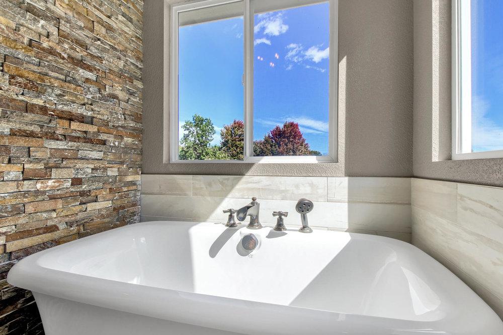 6272 Braun Cir Arvada CO 80004-036-26-Bathroom-MLS_Size.jpg