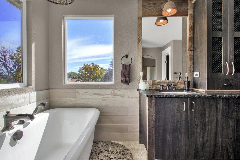 6272 Braun Cir Arvada CO 80004-037-29-Bathroom-MLS_Size.jpg