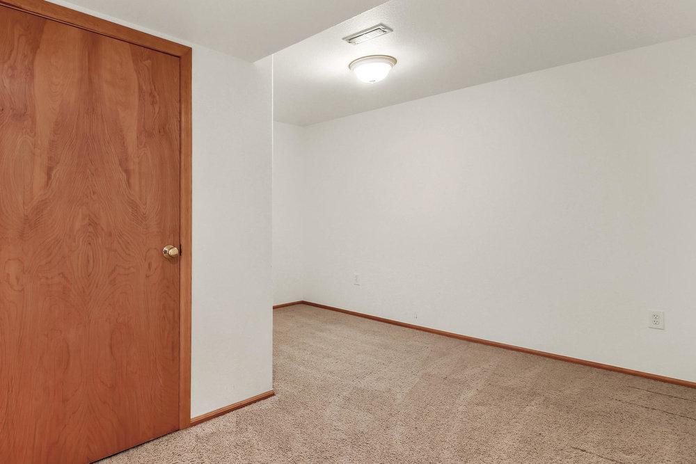 6272 Braun Cir Arvada CO 80004-042-3-Bedroom-MLS_Size.jpg