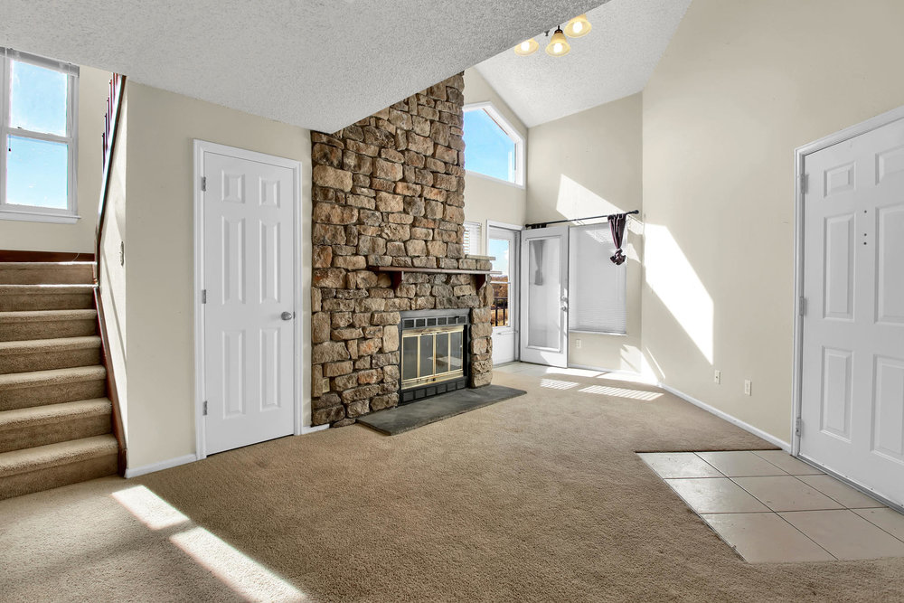 5620 W 80th Pl 72 Arvada CO-008-18-Living Room-MLS_Size.jpg