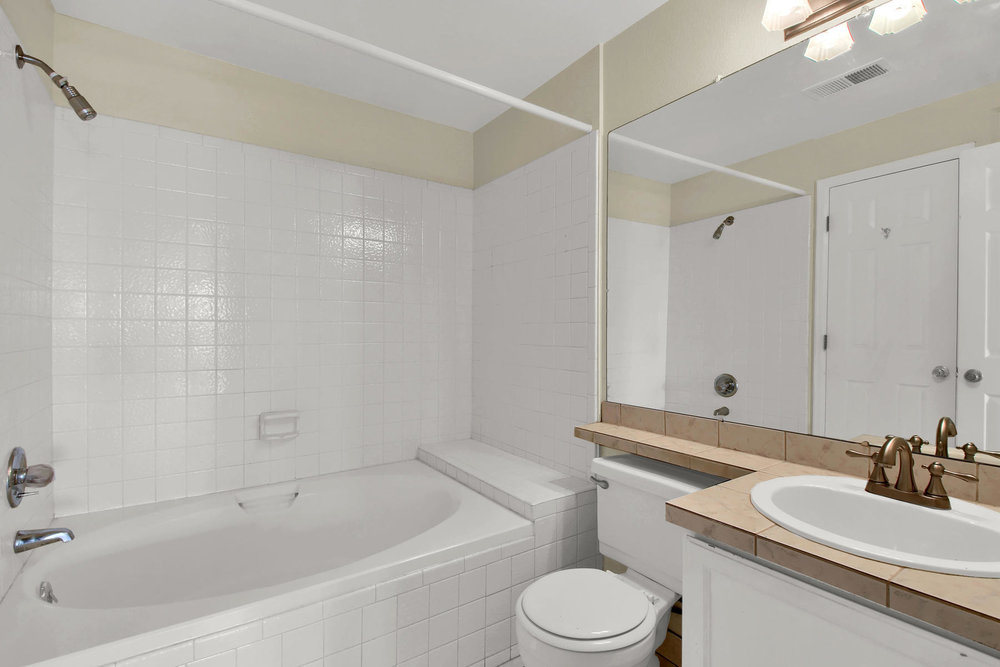 5620 W 80th Pl 72 Arvada CO-010-12-Bathroom-MLS_Size.jpg