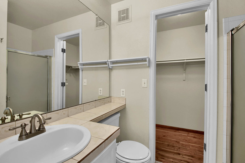 5620 W 80th Pl 72 Arvada CO-019-21-Bathroom-MLS_Size.jpg