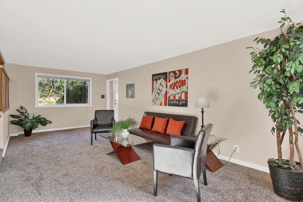 9035 Cole Dr Arvada CO 80004-013-22-Family Room-MLS_Size.jpg