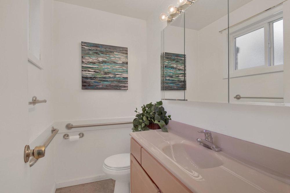 9035 Cole Dr Arvada CO 80004-015-20-Bathroom-MLS_Size.jpg