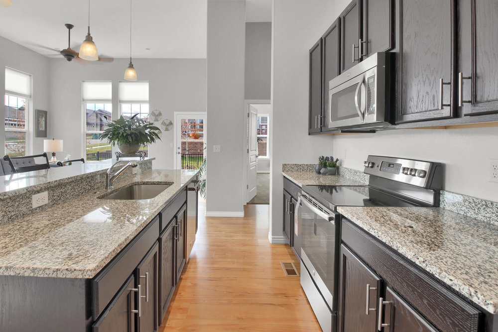 14287 W 88th Pl A Arvada CO-017-20-Kitchen-MLS_Size.jpg