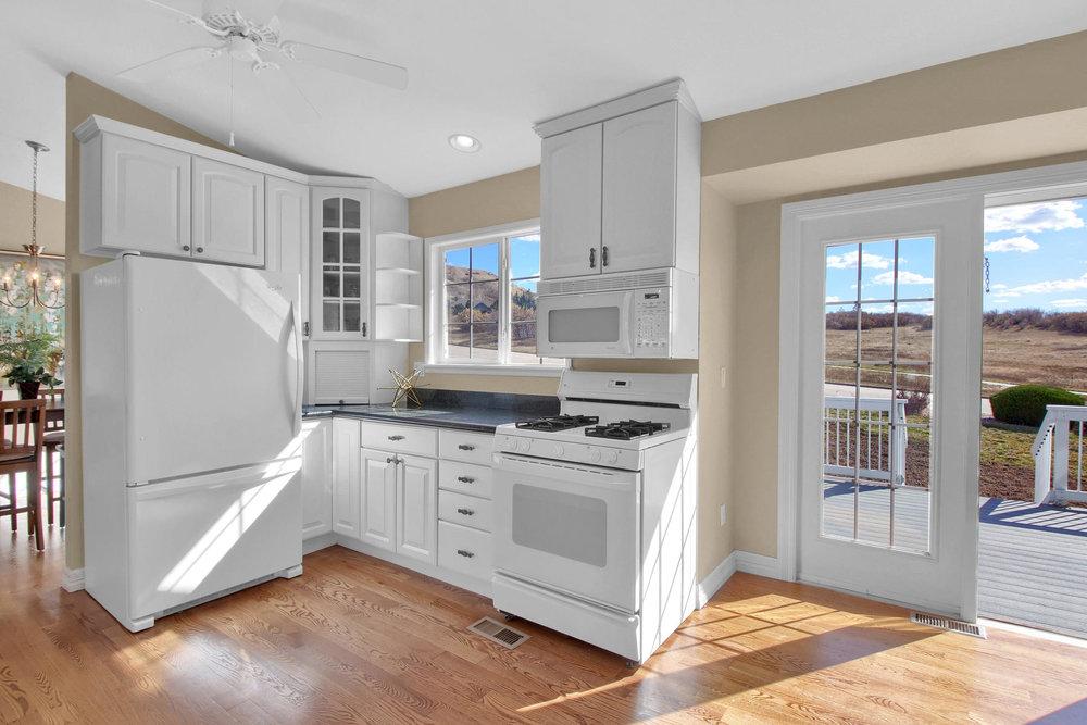 310 W Prestwick Way Castle-021-10-Kitchen-MLS_Size.jpg