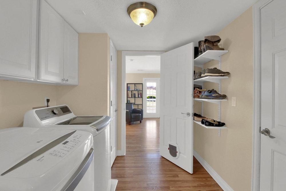 310 W Prestwick Way Castle-028-32-Laundry-MLS_Size.jpg