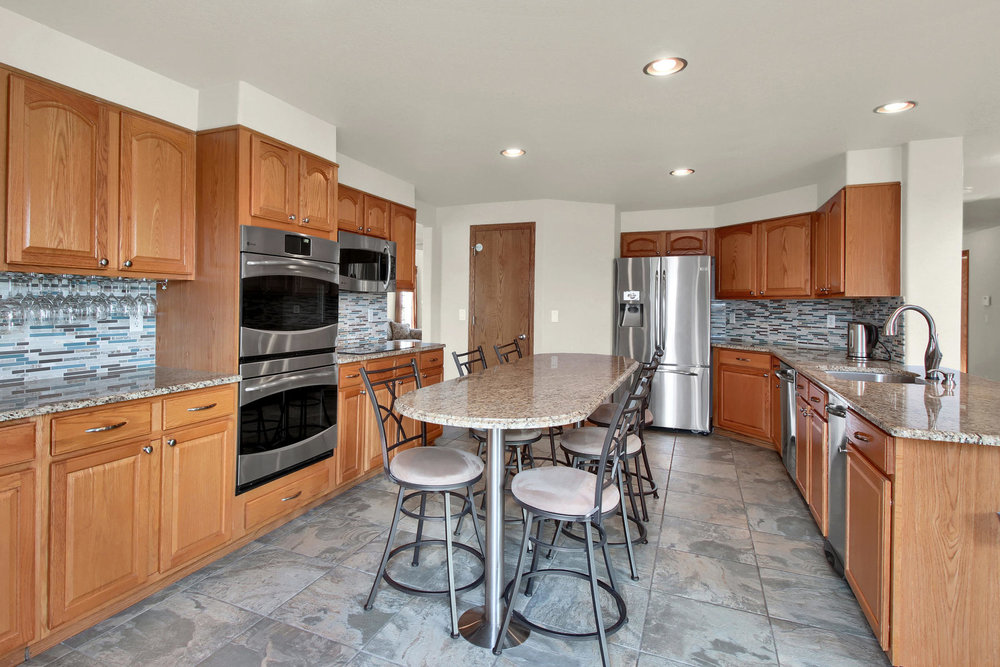5547 Quail St Arvada CO 80002-016-17-Kitchen-MLS_Size.jpg