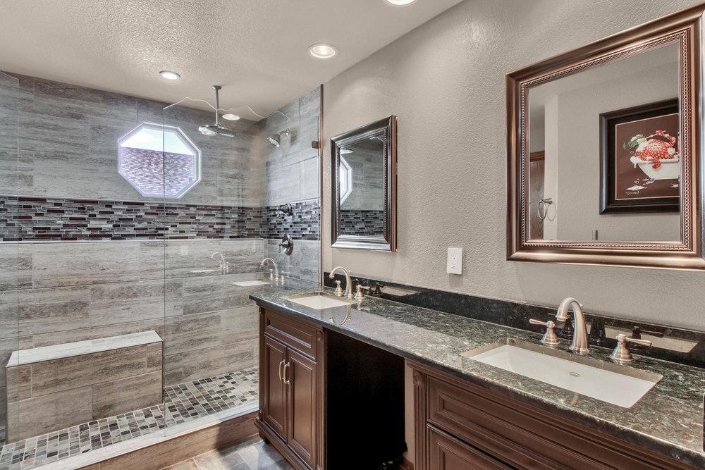 5547 Quail St Arvada CO 80002-021-24-Bathroom-MLS_Size.jpg