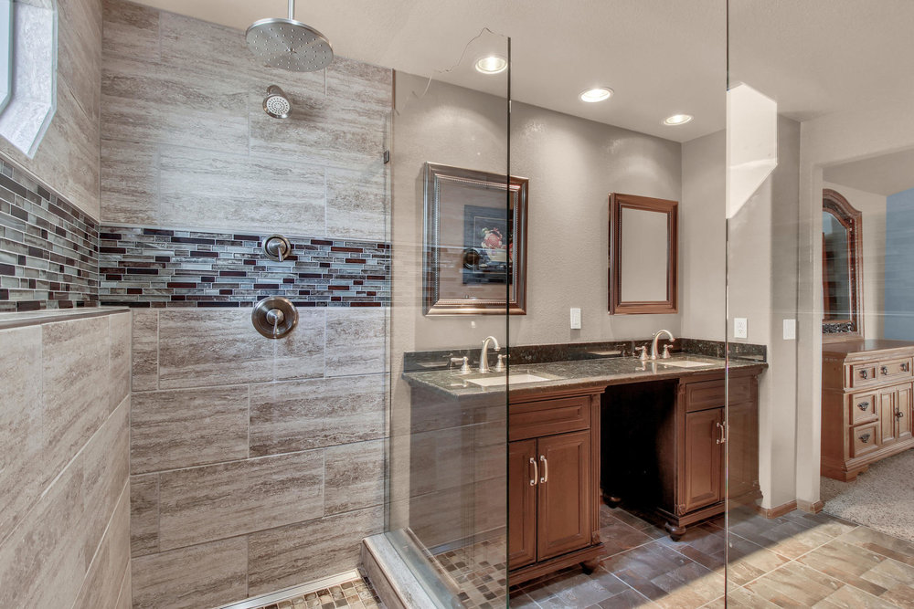 5547 Quail St Arvada CO 80002-030-35-Bathroom-MLS_Size.jpg