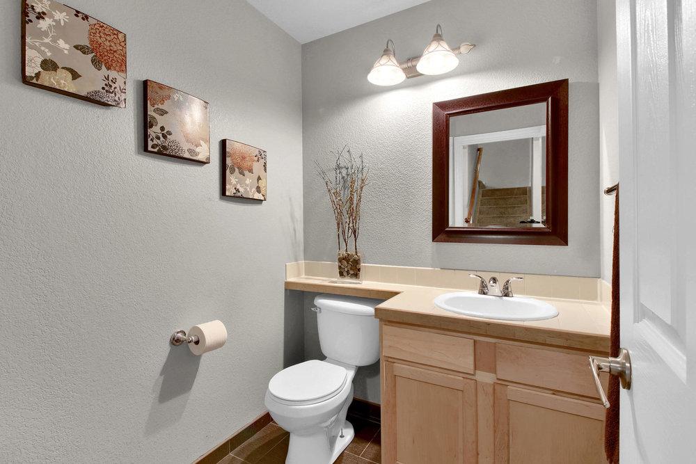 5367 Parfet St Arvada CO 80002-010-6-Bathroom-MLS_Size.jpg