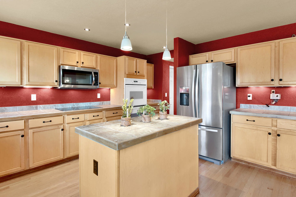 5367 Parfet St Arvada CO 80002-012-4-Kitchen-MLS_Size.jpg