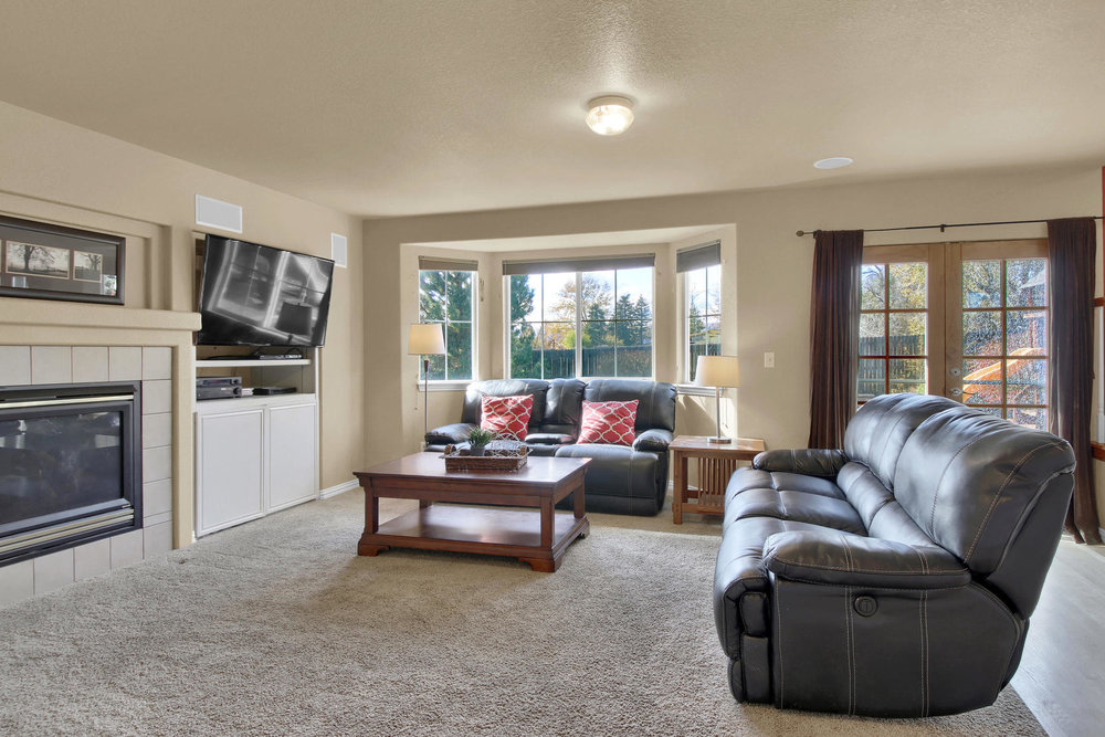 5367 Parfet St Arvada CO 80002-016-11-Family Room-MLS_Size.jpg