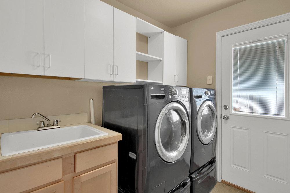 5367 Parfet St Arvada CO 80002-020-19-Laundry-MLS_Size.jpg