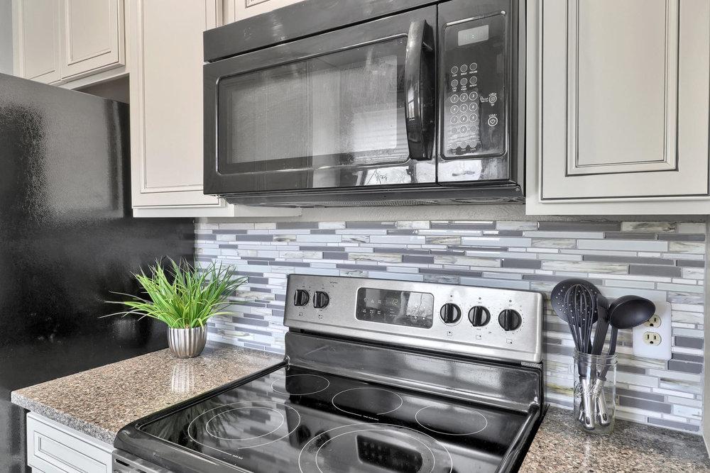 990 W 133rd Cir E Westminster-011-24-Kitchen-MLS_Size.jpg