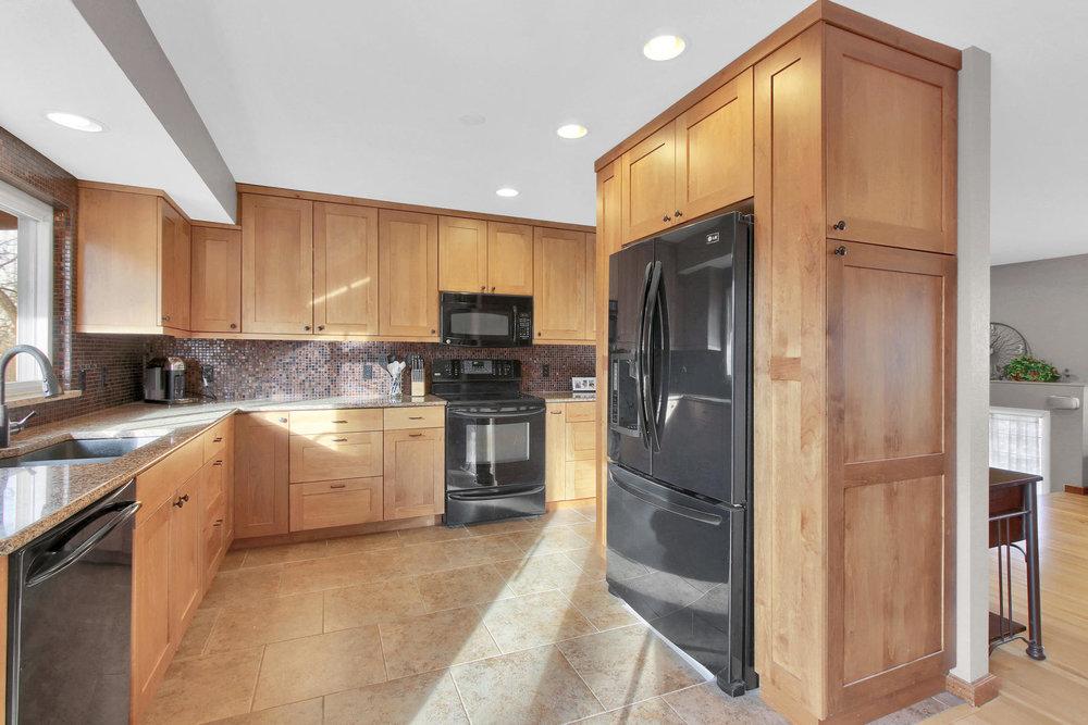 9375 Osceola St Westminster CO-007-10-Kitchen-MLS_Size.jpg
