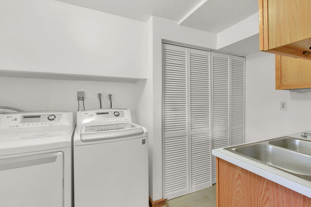 9375 Osceola St Westminster CO-019-24-Laundry-MLS_Size.jpg