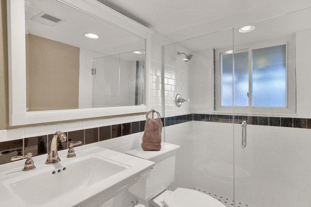 9375 Osceola St Westminster CO-025-29-Bathroom-MLS_Size.jpg