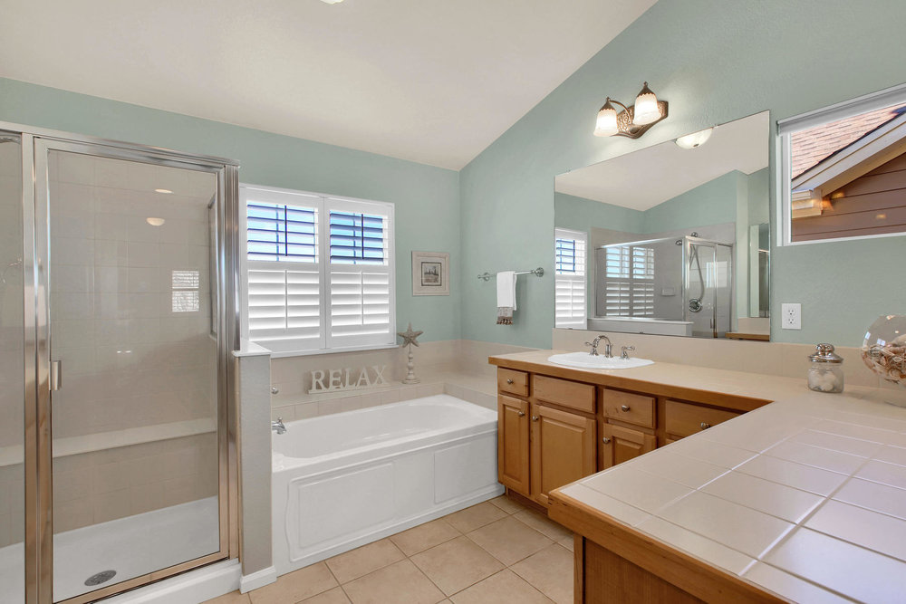 8322 Coors Ct Arvada CO 80005-023-23-Bathroom-MLS_Size.jpg