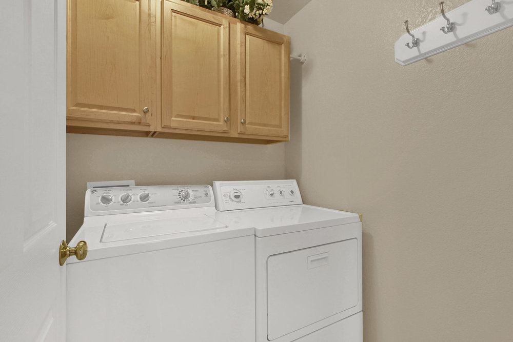 8322 Coors Ct Arvada CO 80005-025-26-Laundry-MLS_Size.jpg