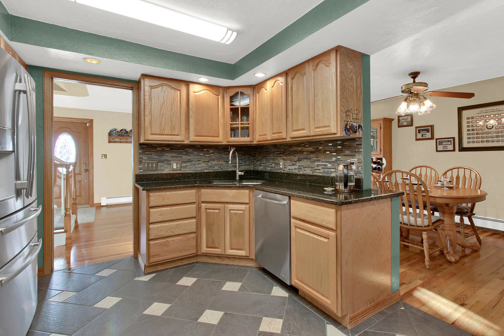 11415 W 76th Way Arvada CO-031-20-Kitchen-MLS_Size.jpg