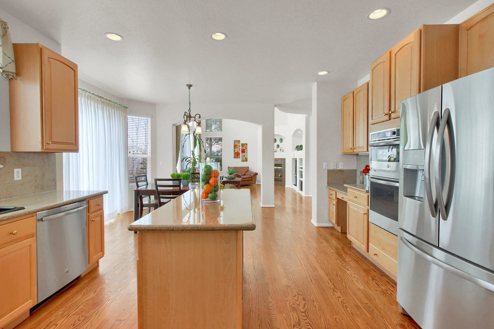 5447 Brookside Dr Broomfield-020-12-Kitchen-MLS_Size.jpg
