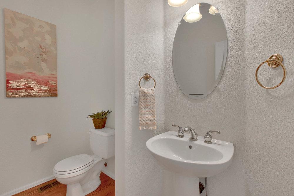 5447 Brookside Dr Broomfield-032-21-Bathroom-MLS_Size.jpg