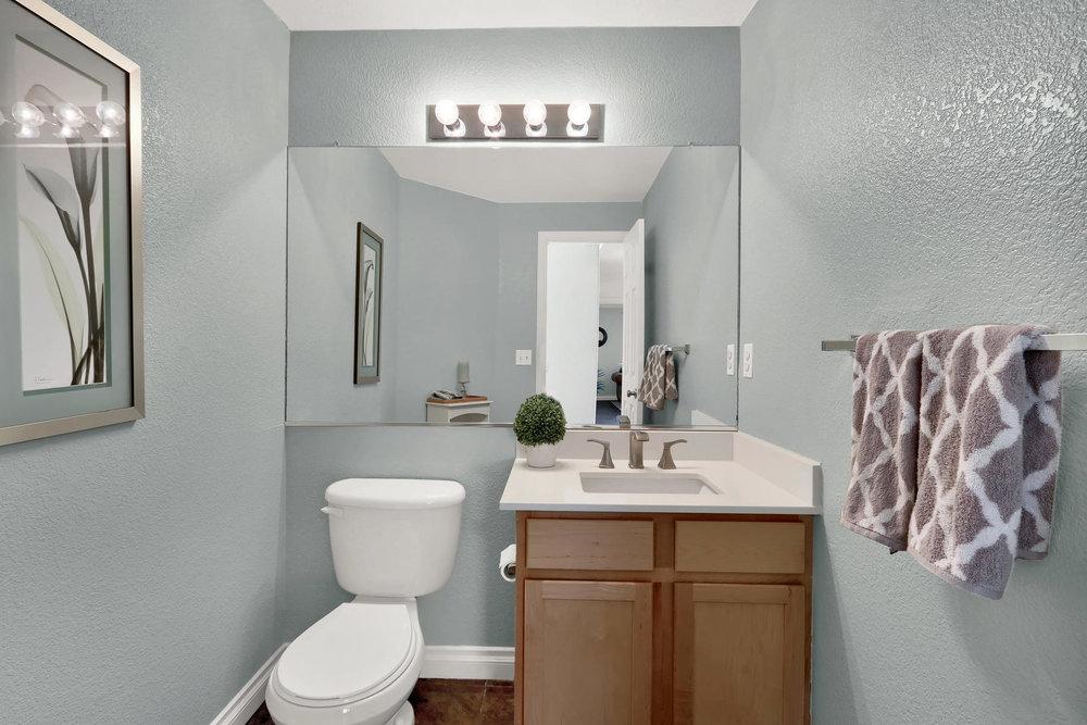 10651 W 54th Ave Arvada CO-020-21-Bathroom-MLS_Size.jpg
