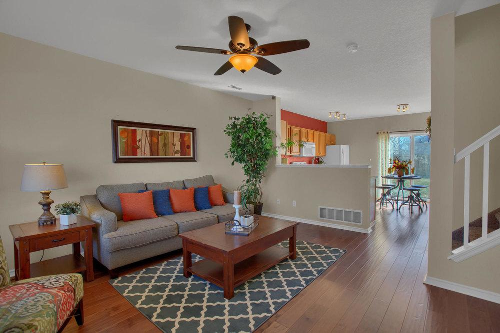 11662 Oakland Dr Commerce City-002-3-Living Room-MLS_Size.jpg