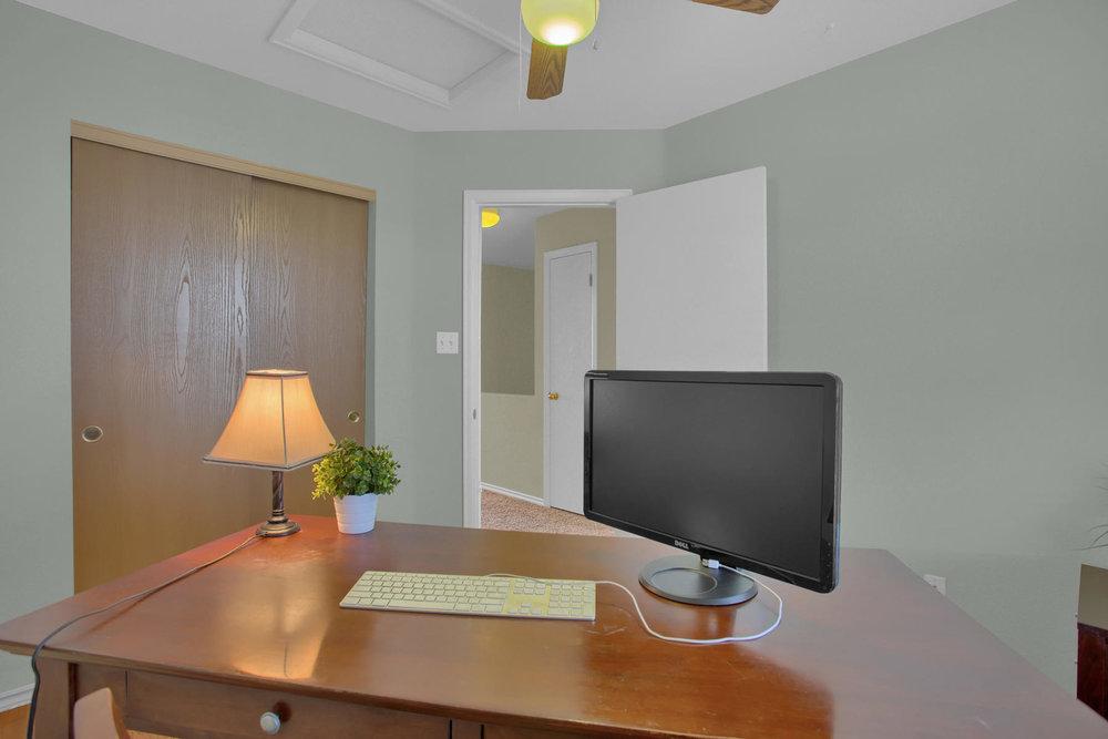 11662 Oakland Dr Commerce City-022-21-Bedroom-MLS_Size.jpg