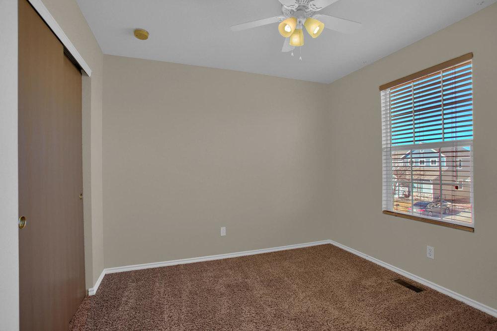 11662 Oakland Dr Commerce City-023-20-Bedroom-MLS_Size.jpg