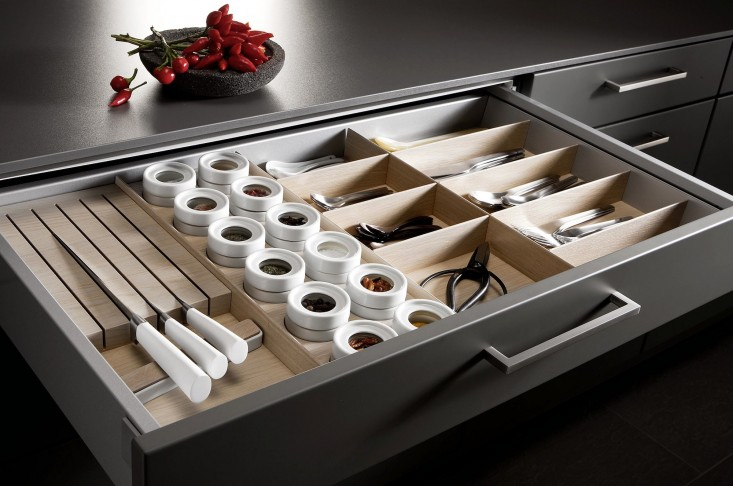 Weatherproof drawer organizers
