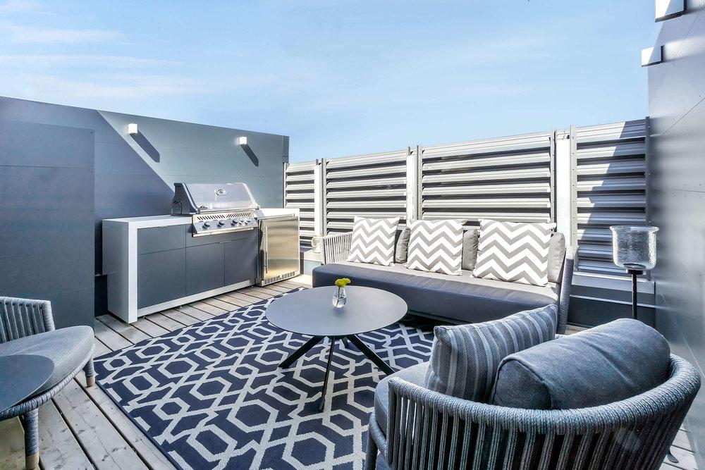 Garden Living Outdoor Kitchens Terrace Toronto - Privacy Screens.jpg