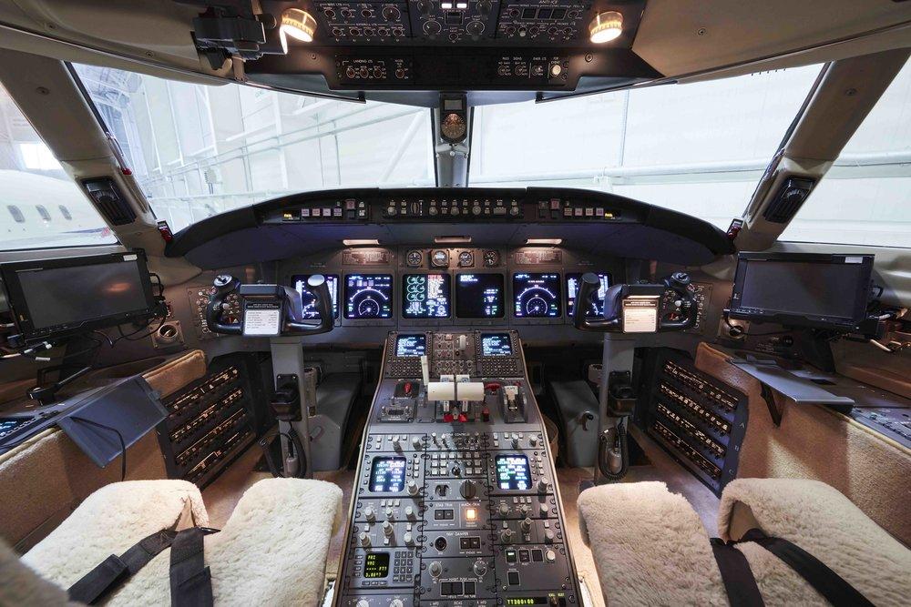 2005 Challenger 604 For Sale Interior 13