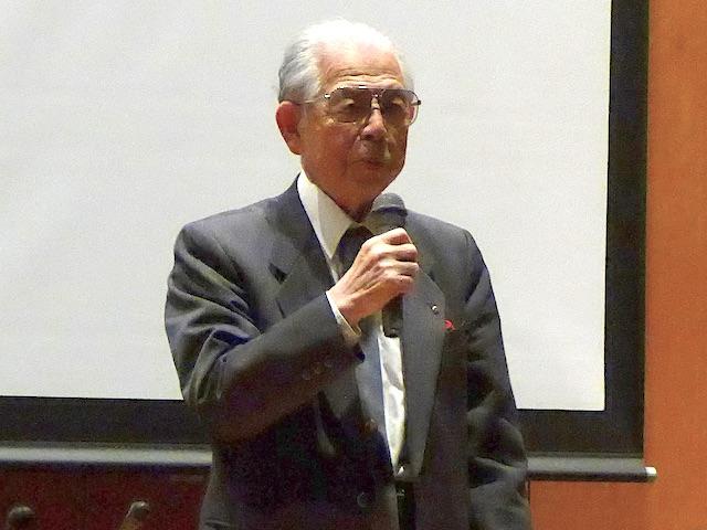 副理事長矢野先生の閉会の挨拶