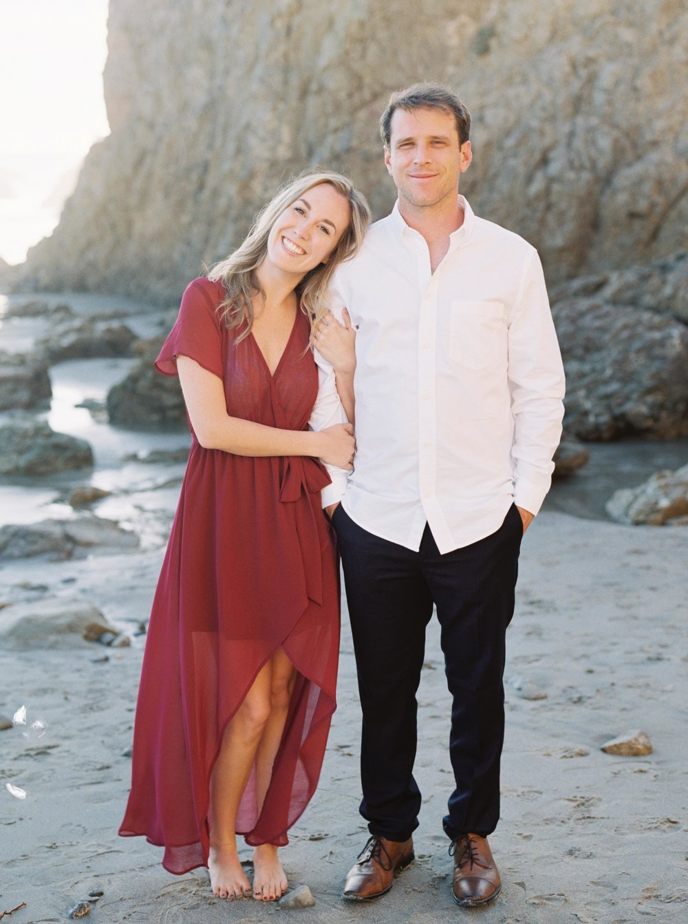 ELMATADOR_FUJI400H_MALIBU_LOSANGELES_PHOTOGRAPHER_WEDDING_ENGAGEMENT_STYLEMEPRETTY_FILM_BEACH_SOCAL_KATELROSEPHOTOGRAPHY_006.jpg