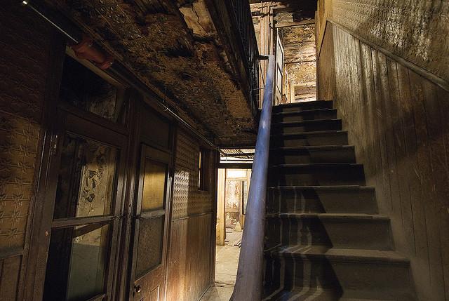 97 hallway.jpg