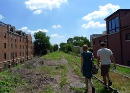 bloomingdale_trail_2.jpg