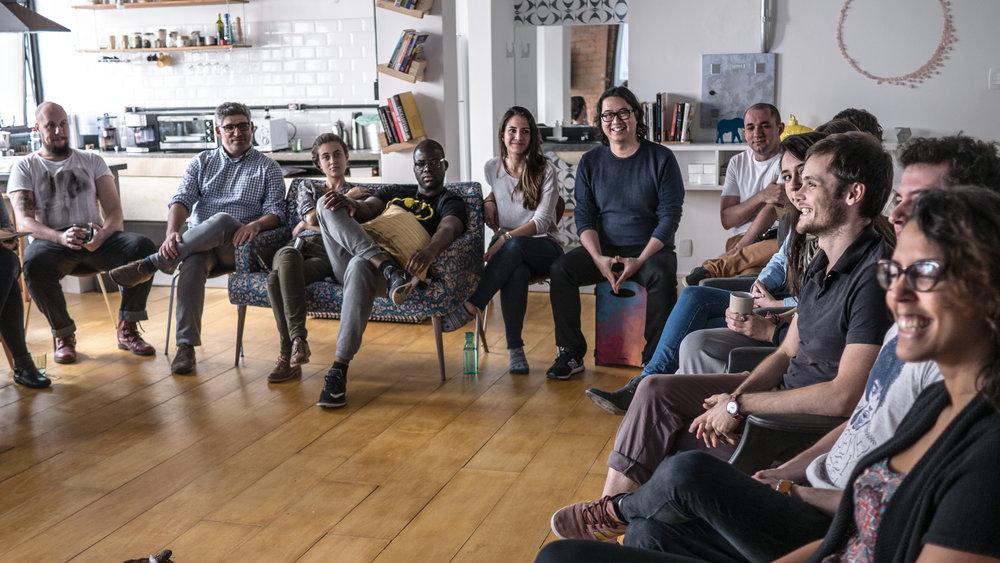 JORNADA MULTIVERSIDADE   Um programa de um ano para quem quer aprender a aprender   Saiba mais