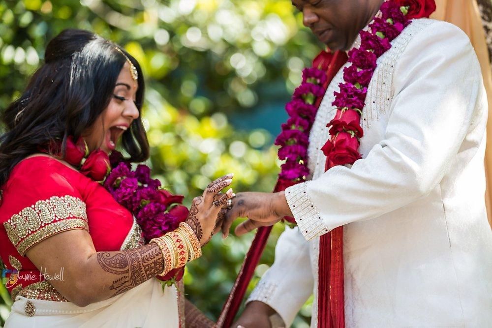 Jamie Howell Photography. Hindu fusion wedding.  http://jamiehowell.net/