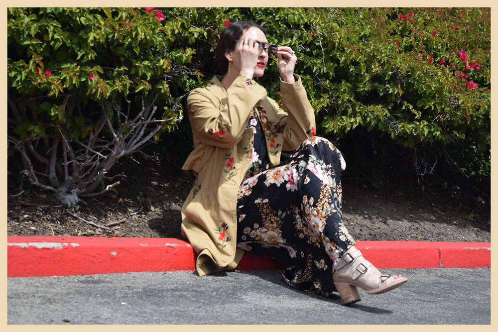 trench-florals-outfit-style