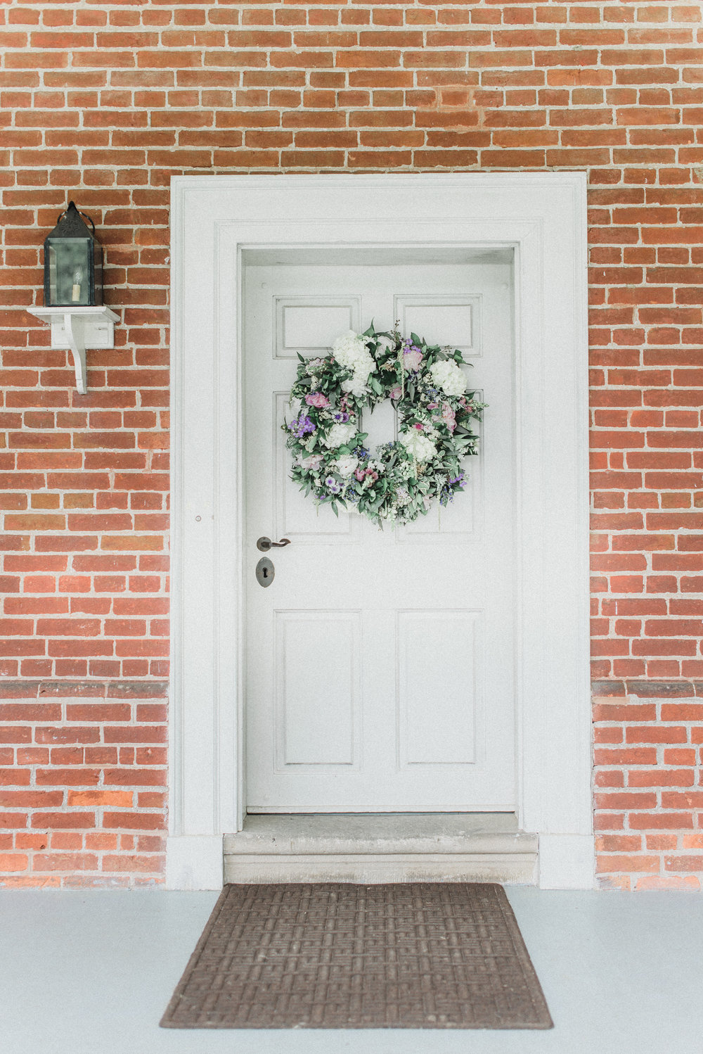 Ceremony detail: Floral wreath
