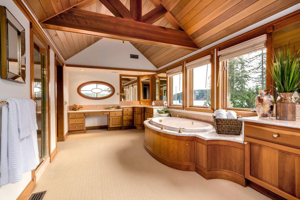 24 Master Bath Vanity-Ocean View.jpg