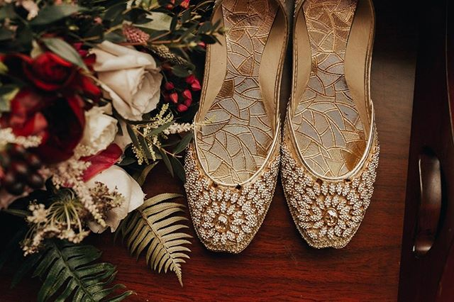 Beautiful shoes take you beautiful places - like down the aisle to the love of your life 💞 What do your wedding shoes look like? . . . planning: @mksocialco photo: @rachelleinerphotography floral: @kinshipfloral . . . #tuesdayshoesday #shoelove #shoestyle #shoegame #freshkicks #bridestyle #brides #arabicbride #newenglandbrides #newenglandwedding #destinationwedding #weddingdetails #weddingstyle #weddingshoes #weddingphotography #weddingplanner #destinationweddingplanner #bostonweddingplanner