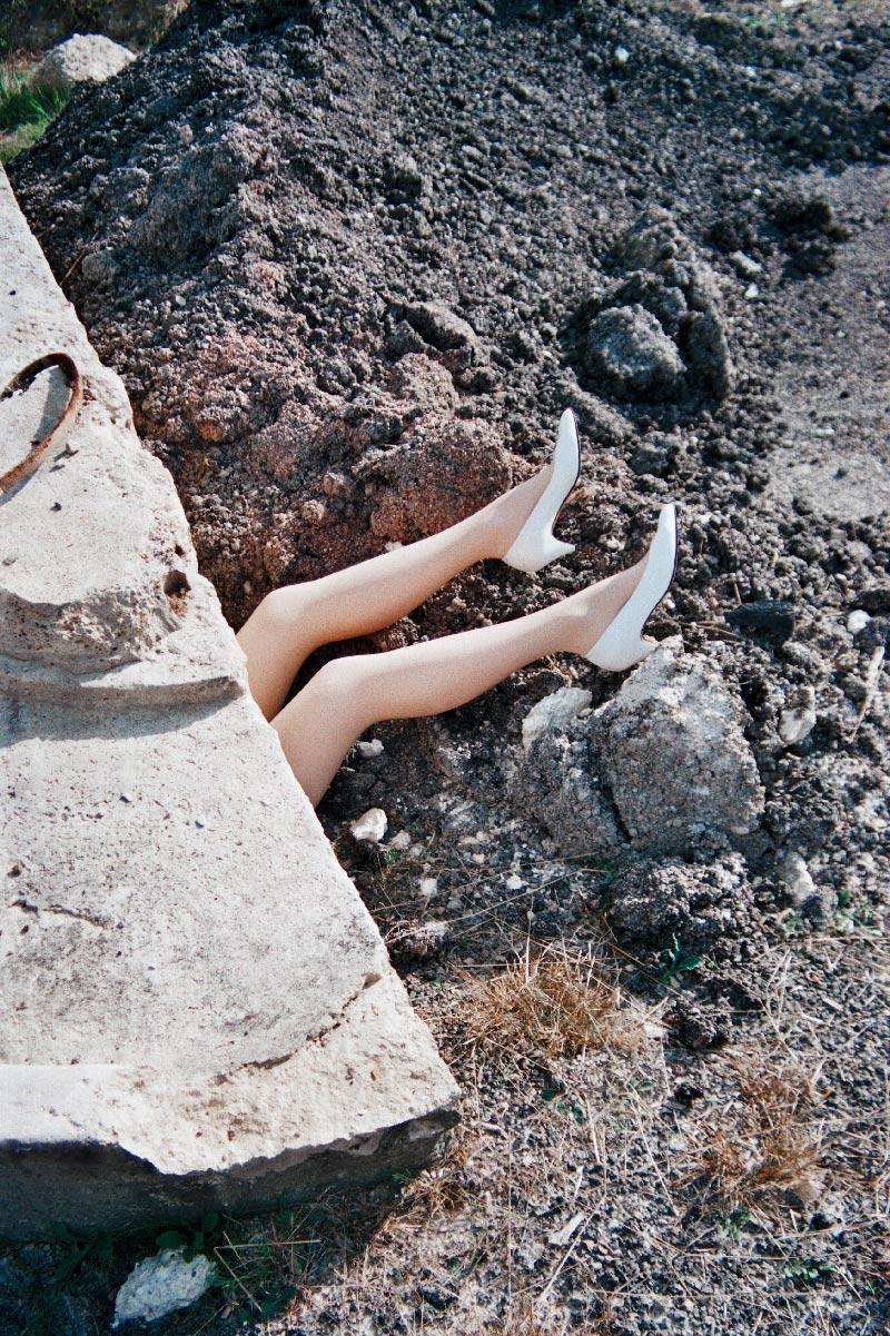 julien_capelle_the_legs_03_web.jpg